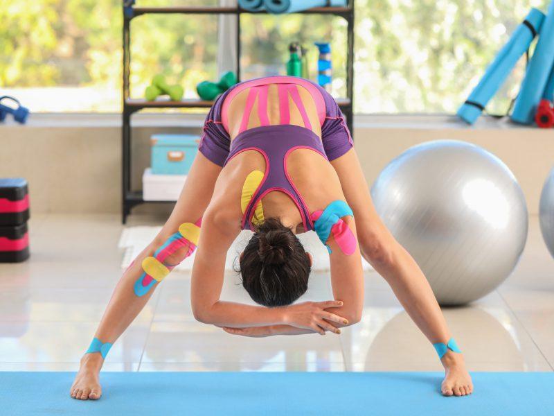 Kinesiotape natürliche Bewegung Muskeln Gelenke Bewegungsfreiheit